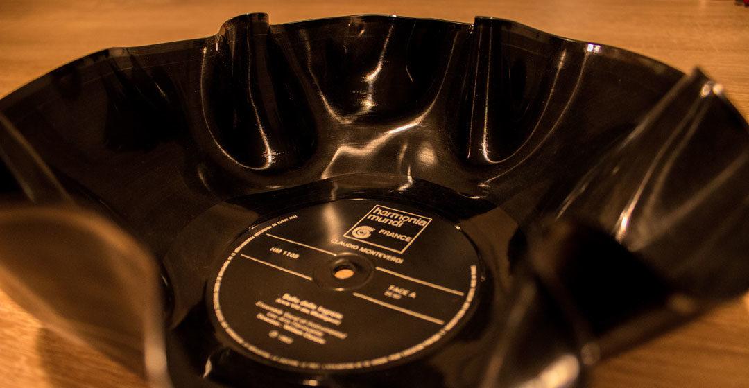 Retro-Weihnachtsgeschenke selbstgemacht - Schallplatten-Schüssel