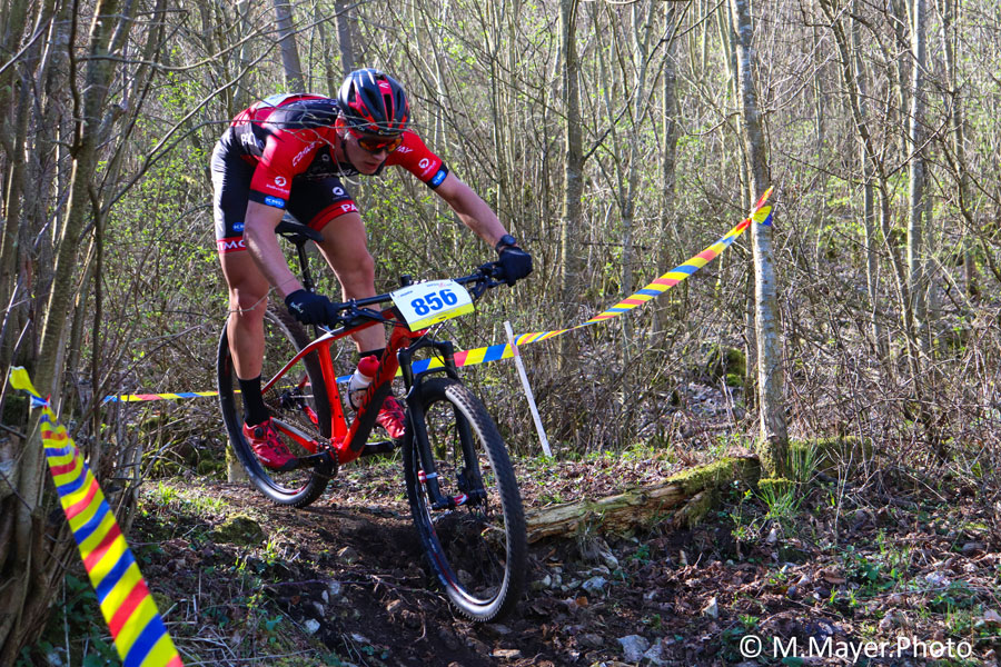 Mountainbikerin - Mara Mayer Interview (Silas Graf)