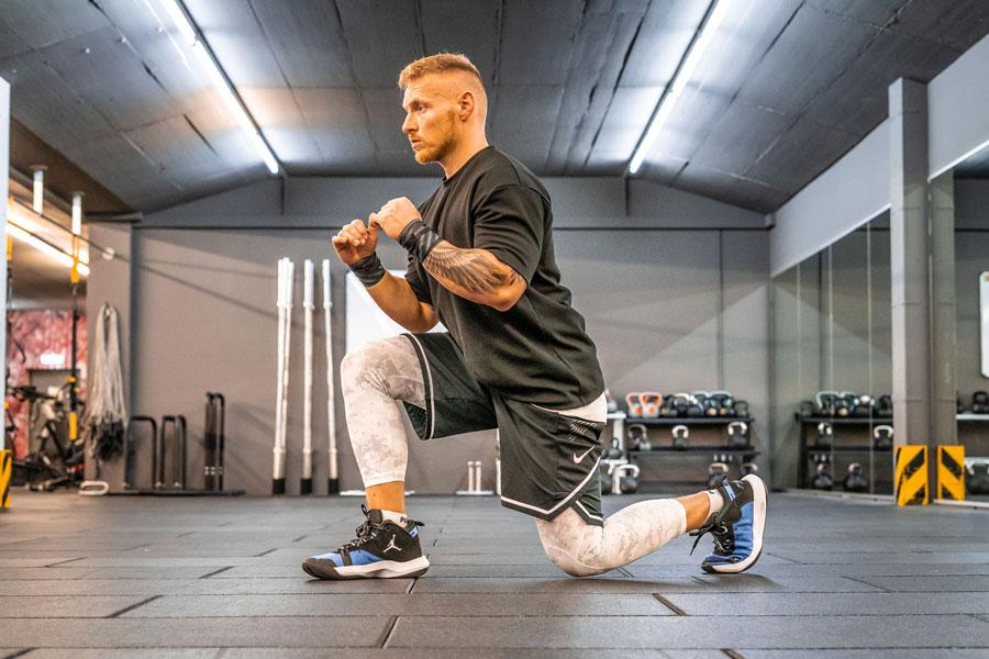 Full Body Workout 2 - Ausfallschritte